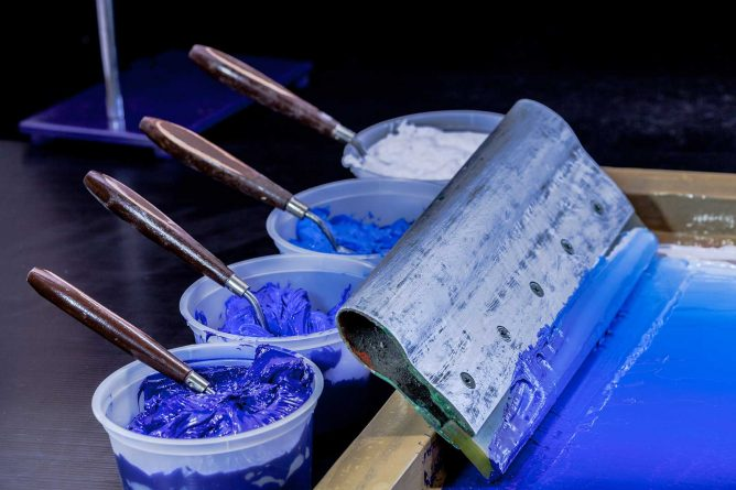 different shades of blue paint